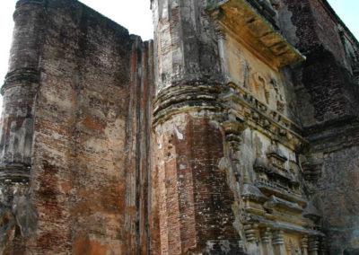 polonnaruwa-sri-lanka-33