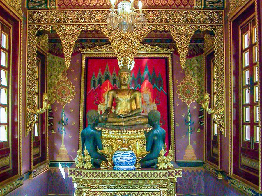 Sukhothai, 15th century Buddha Image